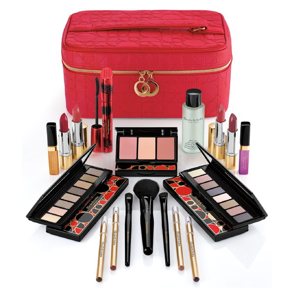 elizabeth-arden-holiday-blockbuster-set